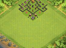 meee TH 4 Clash of Clans Base Layout